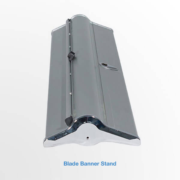 blade banner stand